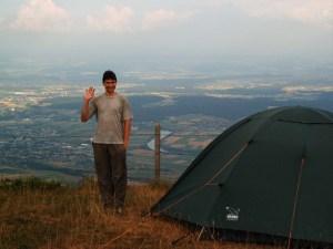Übernachtung an der Abbruchkante auf 1400 Meter