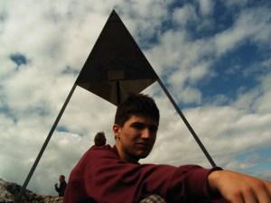 Matze und die Gipfelpyramide des Chasseron